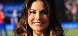 I'm not sure about performing with Justin Bieber: Sunny Leone