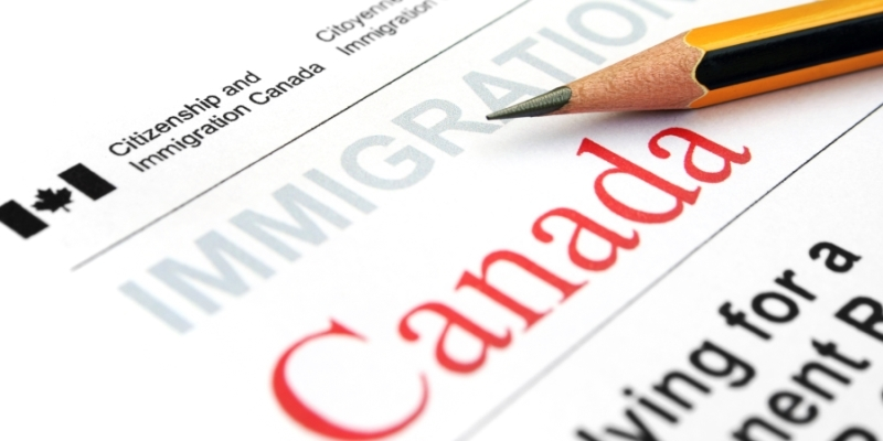 Federal government reduces processing fees for minors applying for citizenship