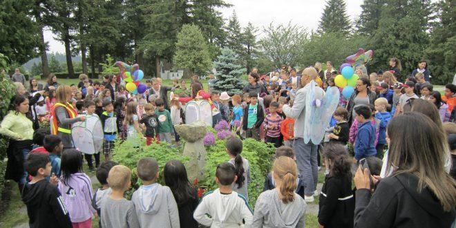 School children release hundreds of butterflies at Surrey Centre Cemetery