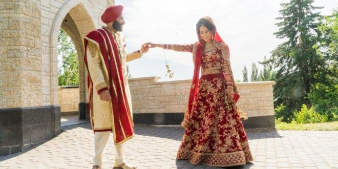 A Bride's Guide to Wedding Shopping in India