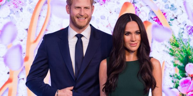 Harry, Meghan to 'step back' from royal role, family 'hurt'